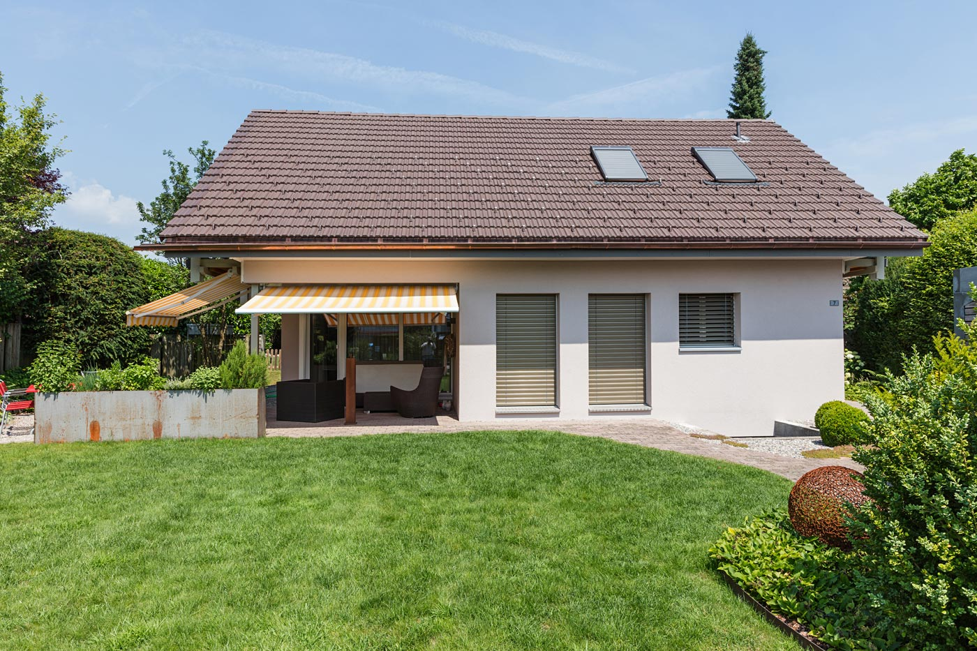 dachsanierung, steildach, ziegeldach, dachfenster